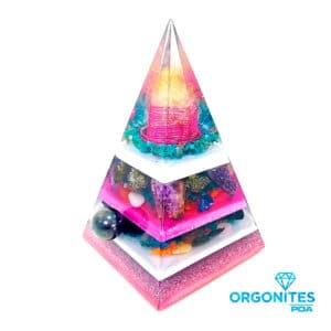 Orgonite Personalizado Pirâmide com Hematitas Magnetizadas 23 a 26cm