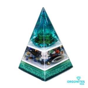 Orgonite Personalizado Pirâmide com Hematita Magnetizada 20 a 22cm