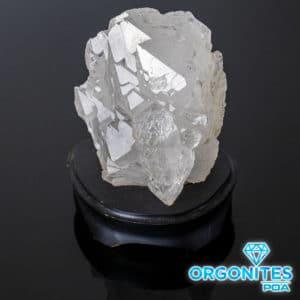 Cristal de Quartzo Bruto com Base de Madeira
