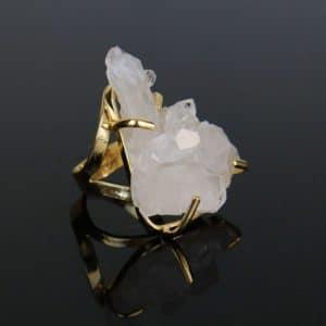 Anel Ajustável Dourado de Drusa de Cristal de Quartzo