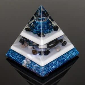 Pronta Entrega - Orgonite Pirâmide Azul 12cm com Hematitas Magnetizadas